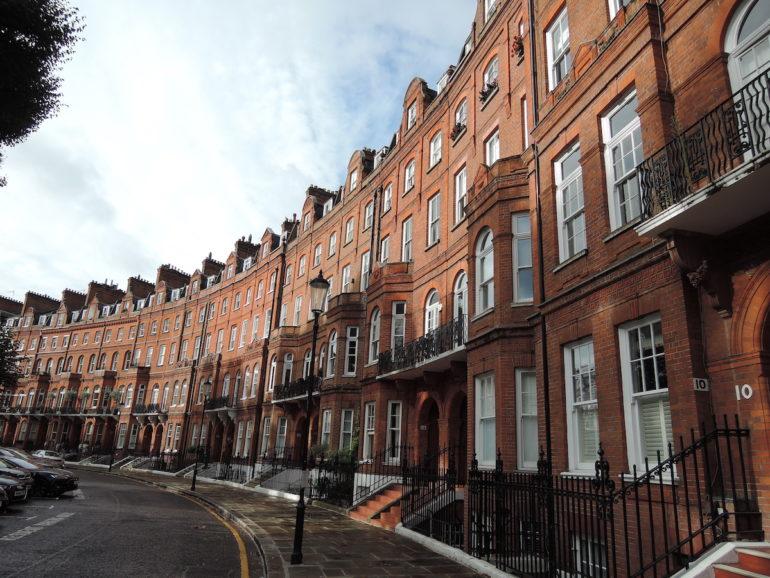 Pont Street Dutch terrace
